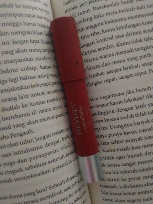 Review Lipstik Revlon Colorburst Matte Balm